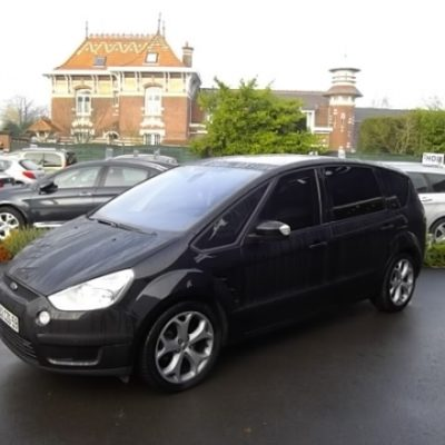 Ford S-MAX d'occasion (03/2008) disponible à Villeneuve d'Ascq
