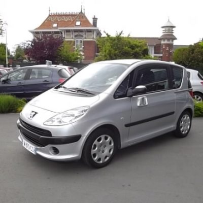 Peugeot 1007 d'occasion (10/2007) disponible à Villeneuve d'Ascq