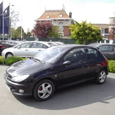 Peugeot 206 d'occasion (07/2005) disponible à Villeneuve d'Ascq