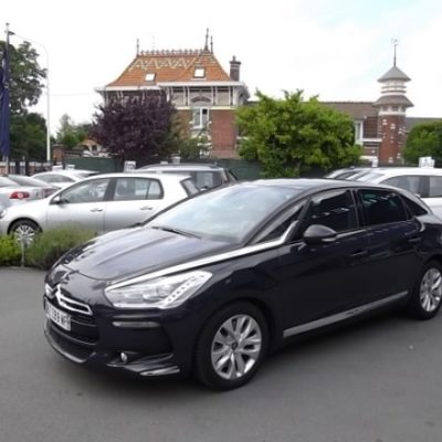 Citroen DS5 d'occasion (01/2012) disponible à Villeneuve d'Ascq